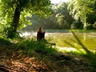 Anna under the shade of an oak